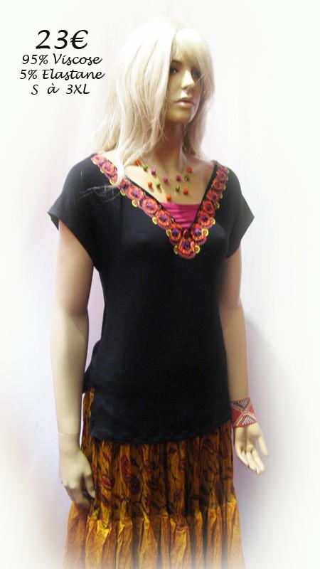 Tee-Shirt lacet dos col V motif